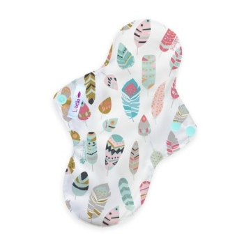 Reusable-cloth-sanitary-pads-regular-little-feathers.jpg
